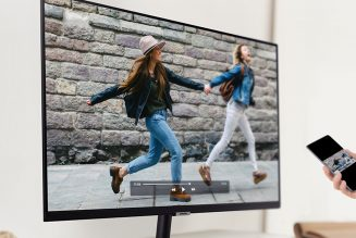 Samsung's 32-inch, AirPlay 2-compatible Smart Monitor is $50 off