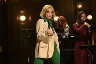 St. Vincent Debuts Daddy's Home Songs on SNL
