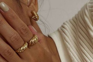The 16 Prettiest Nail Colours We Keep Seeing on the Fashion Set