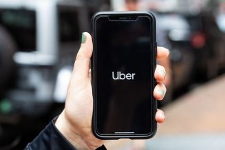 Uber will pay a blind woman $1.1 million after drivers stranded her 14 times