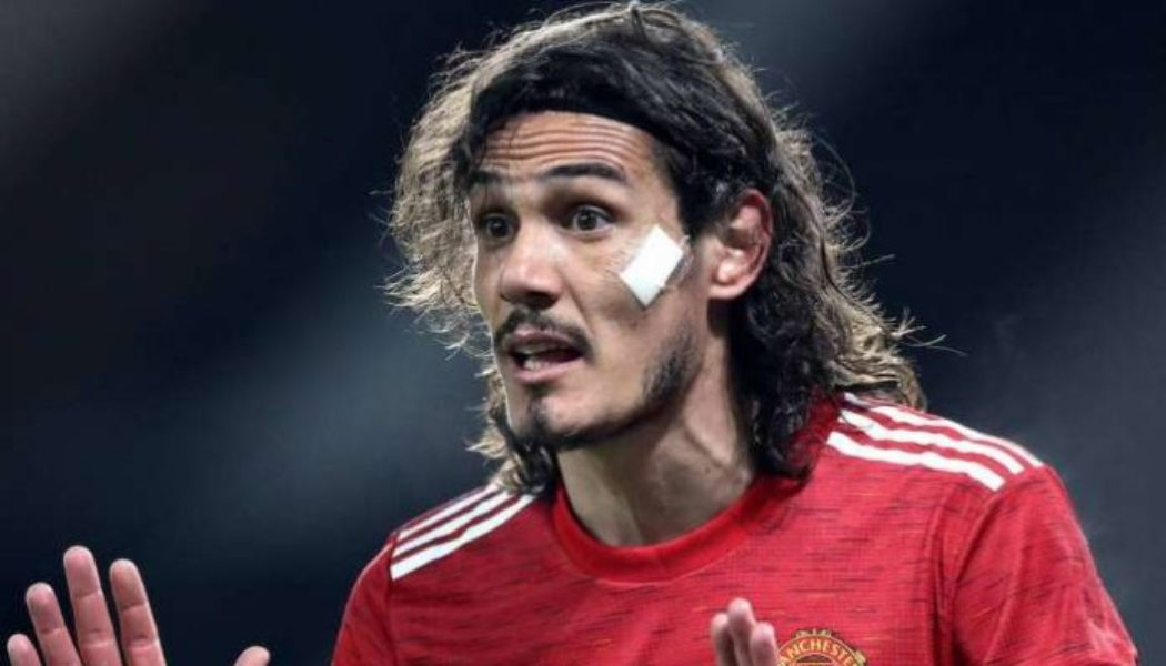 Edinson Cavani offered £50K pay rise to stay at Manchester United