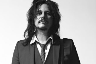 GILBY CLARKE On His First Shows With GUNS N' ROSES: 'All I Was Thinking About Was Remembering 50 Songs'