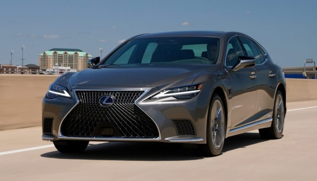 """2022 Lexus LS500h Teammate Driver-Assist-System Review: There's No """"Tesla"""" in Teammate"""