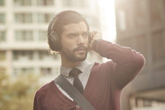Billboard Buys: Bose's Athlete-Approved Wireless Headphones Are $100 Off