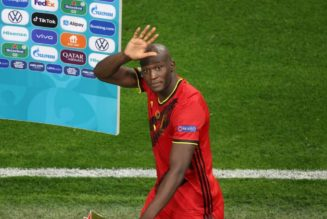 Chelsea target sticks two fingers up at boo-boys; time for England to unite