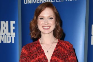 Ellie Kemper Issues Apology For Involvement In OG Racist Pageant