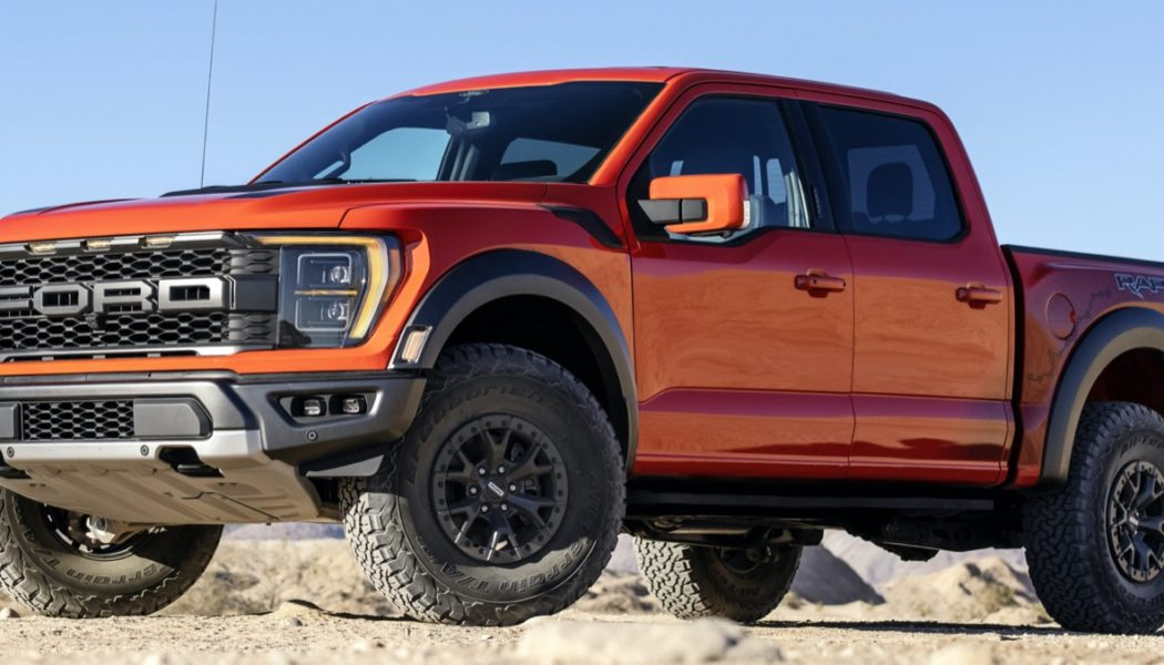 Ford Unleashes 2021 F-150 Raptor Horsepower, Torque Numbers