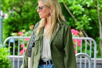 Sienna Miller Just Wore the Perfect Sandals-and-Shorts Combo