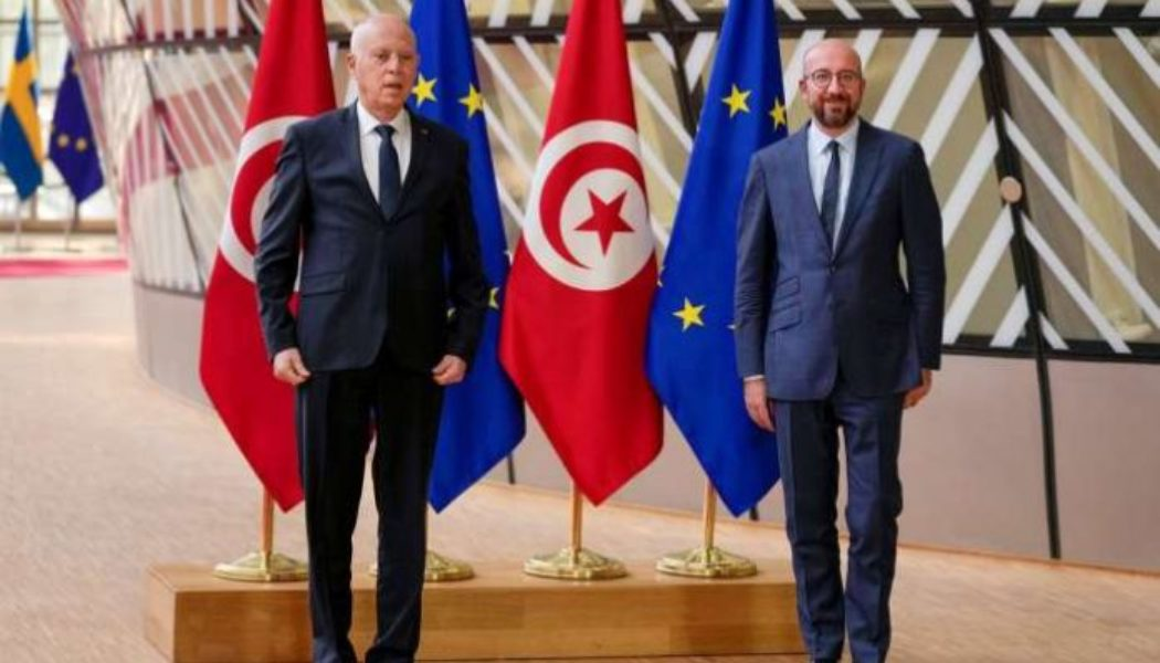 Tunisia president wants debate on new political system, constitutional amendment