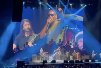 Watch Dave Chappelle Sing Radiohead's 'Creep' With Foo Fighters