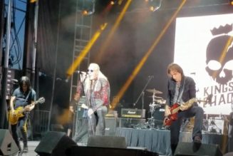 Watch WARREN DEMARTINI, DEE SNIDER And GILBY CLARKE Perform RATT's 'Wanted Man' In New Mexico