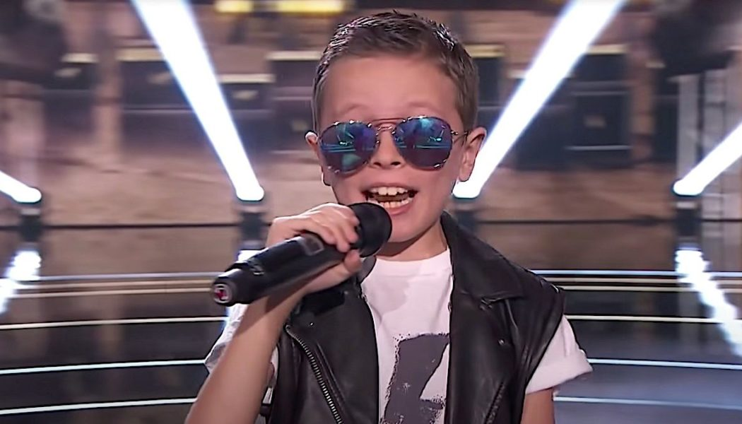 """8-Year-Old Boy's Performance of AC/DC's """"Back in Black"""" Earns Him Spot in Finals of The Voice Kids Spain: Watch"""