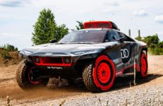 Audi's 2022 Dakar Rally RSQ E-Tron off-Roader Might Be Its Most Monstrous EV Racer