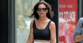 Katie Holmes Just Swapped Her Favourite Baggy Jeans for This Trend Instead