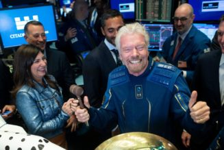Richard Branson aims to fly to space before Jeff Bezos, Virgin Galactic confirms