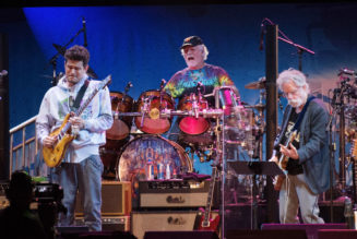 Fan Dies at Dead & Company Concert After Falling Off Balcony