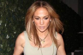 J.Lo's Outfit for Date Night With Ben Is Perfect If You're Over Skinny Jeans