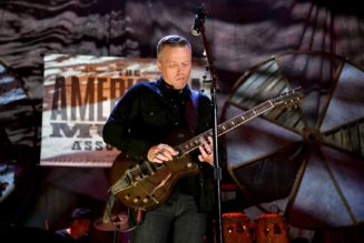 Jason Isbell's Houston Show Canceled, Says Venue Owner 'Flat-Out Refused' to Implement COVID-19 Policy