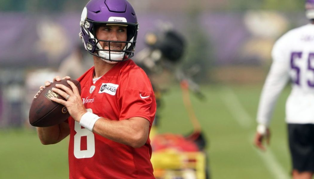 Minnesota Vikings' Kirk Cousins Stupidly Suggests Surrounding Himself With Plexiglass Instead of Getting Vaccinated