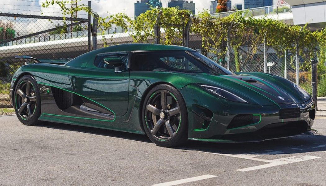 1-of-5 Koenigsegg Agera S in Vivid Green Carbon Fiber Hits the Auction Block