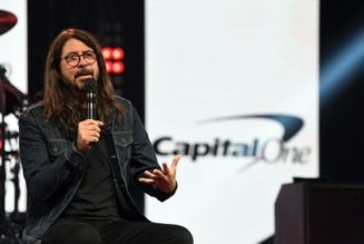 Dave Grohl Announces Limited The Storyteller Book Tour