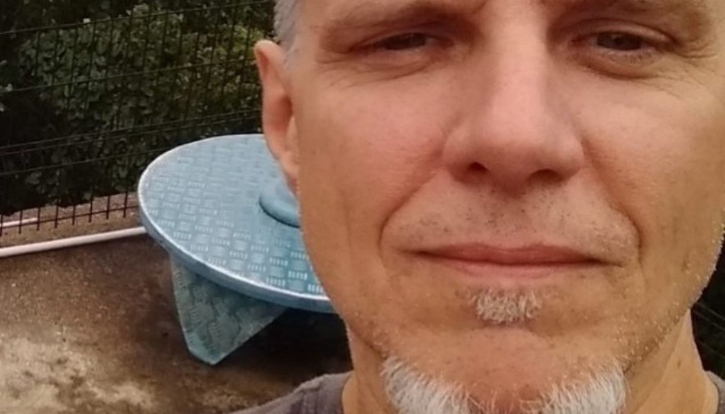 Fully Vaccinated Former METALLICA Bassist RON MCGOVNEY On His COVID-19 Battle: 'It Felt Like The Flu To Me'