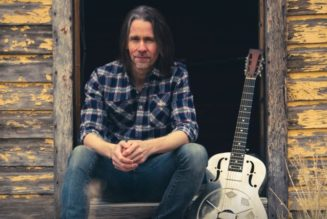 MYLES KENNEDY Releases Music Video for 'A Thousand Words'