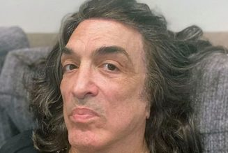 Paul Stanley Seen Without Mask Days After Testing Positive for COVID-19