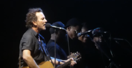 Watch Pearl Jam Live-Debut Gigaton Tracks at First Show in Three Years