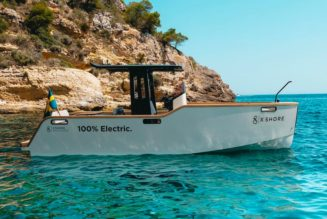 X SHORE's All-Electric Eelex 8000 Boat Is Now for Sale