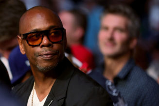 Dave Chappelle Jabs LGBTQ Community & DaBaby In New Comedy Special