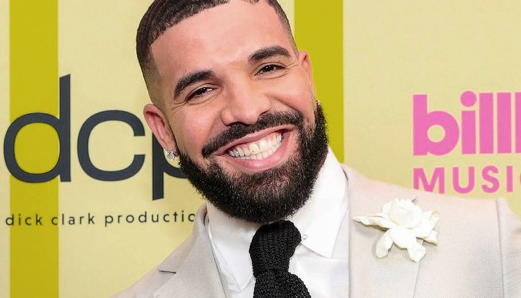 """Drake Gifted Same Rolls Royce Phantom He Used to Rent To """"Keep Up Appearances"""""""