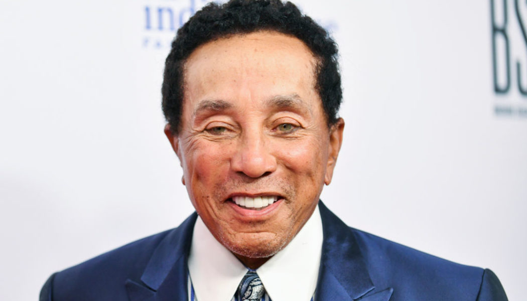 Smokey Robinson Reveals He Almost Died While Battling COVID-19